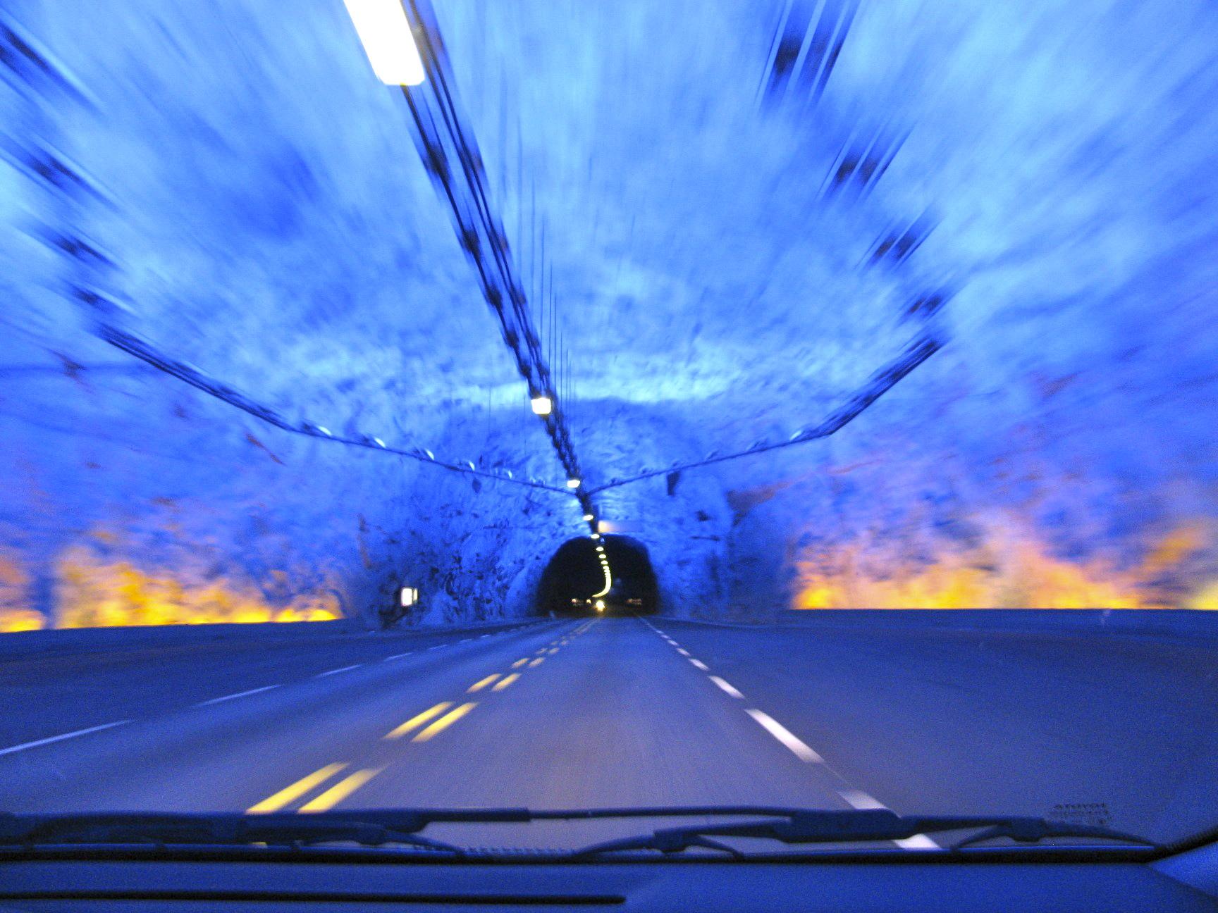 Tw Längster Autotunnel Der Welt Themenwoche Galerie