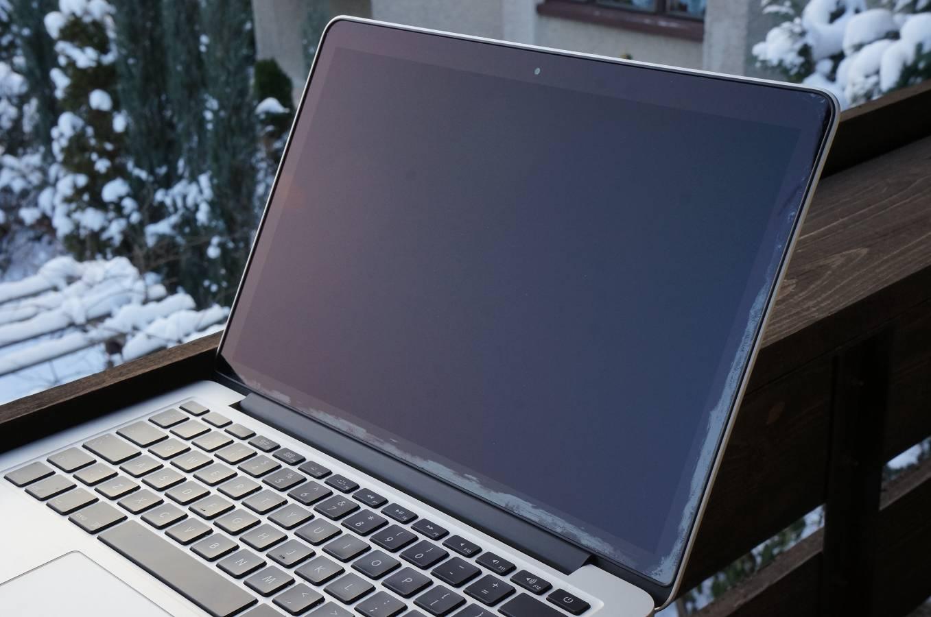 laptop bildschirm reinigen