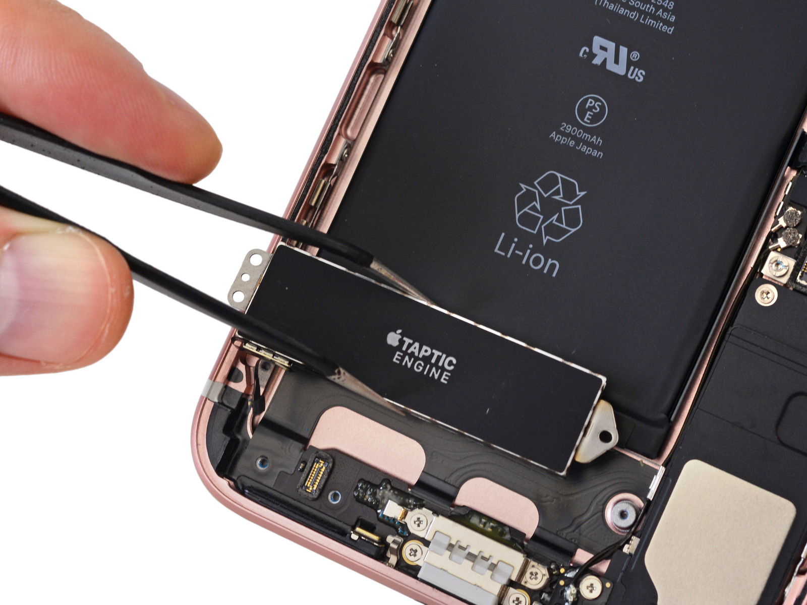 IPhone 7 Gut Zu Reparieren Wurden Apple Produkte Oft Dafur Kritisiert Durch Kompakte Bauweise Massiven Einsatz Von Kleber Sowie Fest Angebrachte