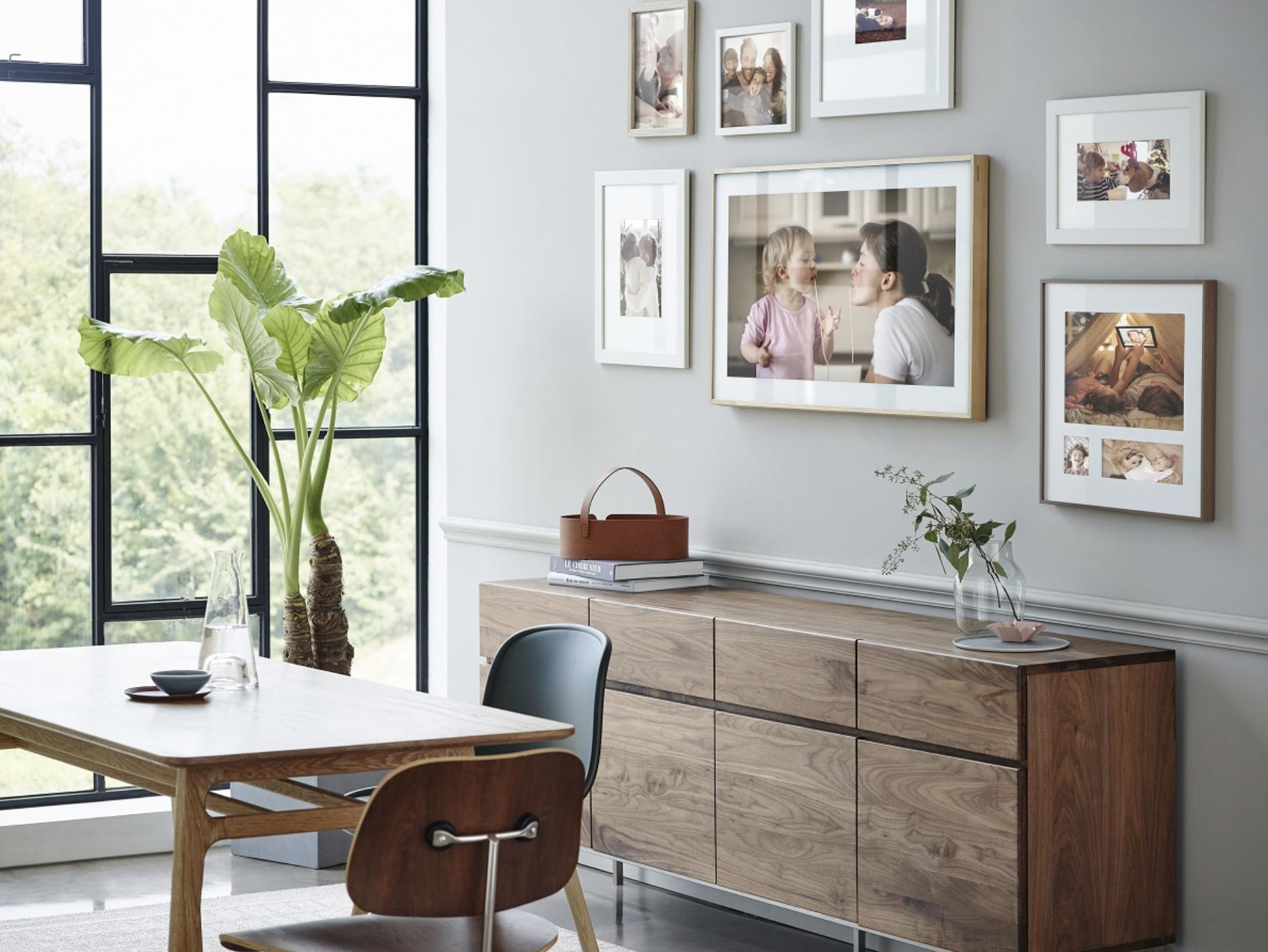 frame tv: samsung stellt fernseher mit frischem design vor | news, Wohnzimmer dekoo