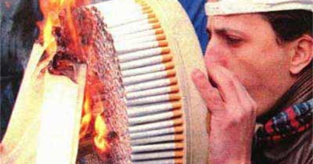 Vor oder nach den Monatlichen Rauchen aufzugeben