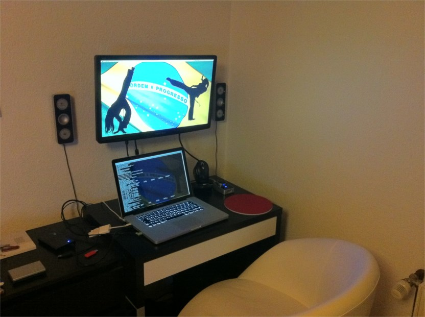 mini schreibtisch hardware galerie. Black Bedroom Furniture Sets. Home Design Ideas