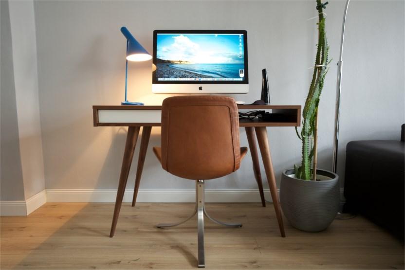 neuer schreibtisch alter imac hardware galerie. Black Bedroom Furniture Sets. Home Design Ideas